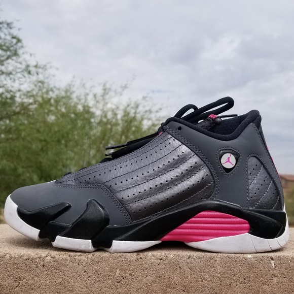 914a35d22590 Jordan Shoes - 🖤💕Air Jordan 14 Retro💕🖤
